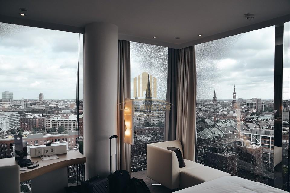 HOTEL 5* – BARCELONA, SPAIN