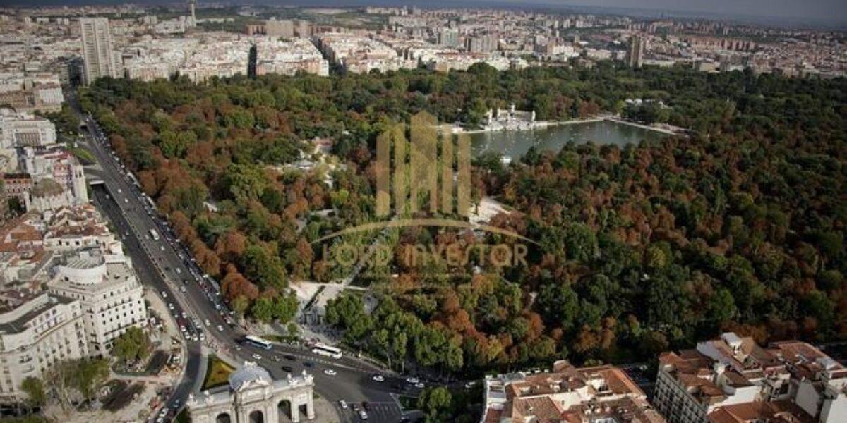 Complete Building in the exclusive neighborhood of Salamanca of Madrid